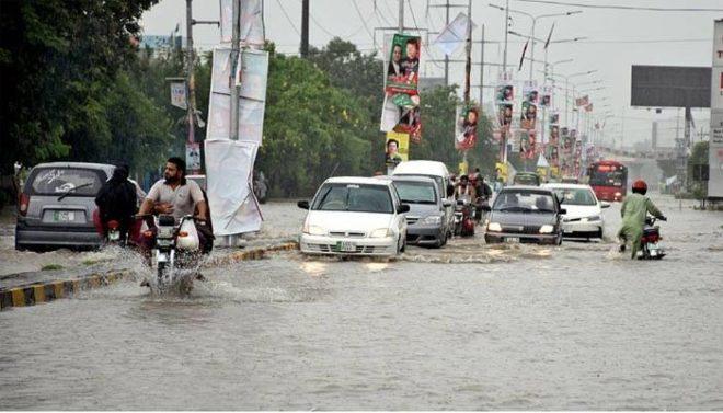 لاہور سمیت پنجاب کے مختلف شہروں میں بارش اور ژالہ باری