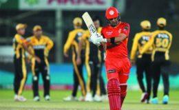 پشاور زلمی نے اسلام آباد یونائیٹڈ کو 6 وکٹوں سے شکست دیدی