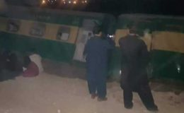 روہڑی اور پنوں عاقل کے درمیان کراچی ایکسپریس کو حادثہ، خاتون جاں بحق اور 40 زخمی