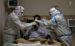 پاکستان: کورونا کے آغاز کے بعد انتہائی نگہداشت میں مریضوں کی ریکارڈ تعداد