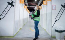 چراغ تلے اندھیرا: جرمن عوام ویکسینیشن مہم سے کافی مایوس