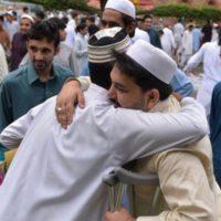 Eid-ul-Fitr, Holidays