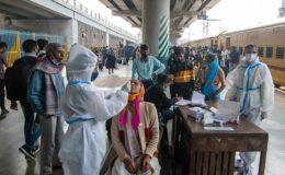 بھارت میں کورونا کے کیسز میں پھر نمایاں اضافہ، معاملات لاک ڈان کی طرف بڑھتے ہوئے