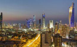 کورونا ویکسین: کویت میں تارکین وطن کو امتیازی رویے کا سامنا