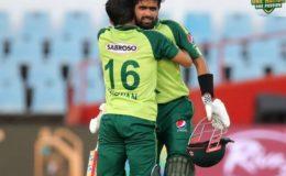 بابر اور رضوان کی شاندار بیٹنگ، پاکستان نے تیسرے ٹی 20 میں پروٹیز کو شکست دیدی