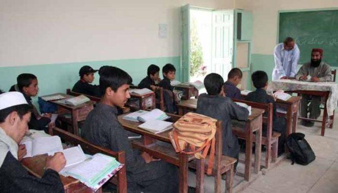 بلوچستان: اساتذہ کی حاضری چیک کرنے کا ٹاسک ڈپٹی کمشنرز کے سپرد