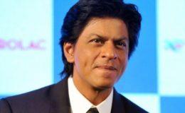شاہ رخ خان نے غیراخلاقی سوال پوچھنے پر مداح کو شرمسار کر دیا