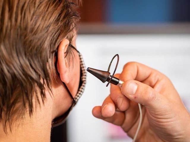 اسپیشل افراد اب اپنے کان سے کمپیوٹر کنٹرول کر سکتے ہیں