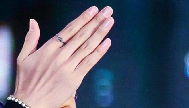 ہاتھ کی کونسی دو انگلیاں آپ کی شخصیت کا راز بتاتی ہیں؟