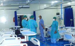 پشاور کے اسپتالوں میں کورونا کے مریضوں میں کمی آنے لگی