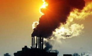 فضائی آلودگی… ماں کی کوکھ میں بچے کیلیے بھی خطرناک!