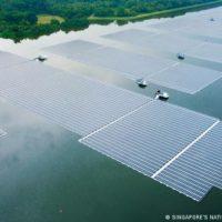 Singapur - Schwimmende Photovoltaikanlage Tengeh
