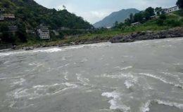آزاد کشمیر: دو نوجوان سیلفی لیتے ہوئے دریائے نیلم میں ڈوب گئے