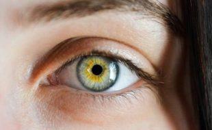 آنکھ کی پتلی اور ذہانت کے درمیان تعلق کا انکشاف