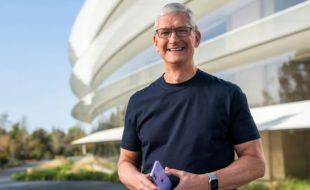 ایپل کمپنی کے'سی ای او' کو 75 کروڑ ڈالرز کا بونس مل گیا