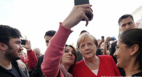 جرمن چانسلر انگیلا میرکل عالمی رہنماوں کی ریٹنگ میں اب بھی سرفہرست