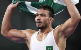 بیچ ریسلنگ ورلڈ سیریز؛ پاکستان کے انعام بٹ کوارٹر فائنل میں پہنچ گئے